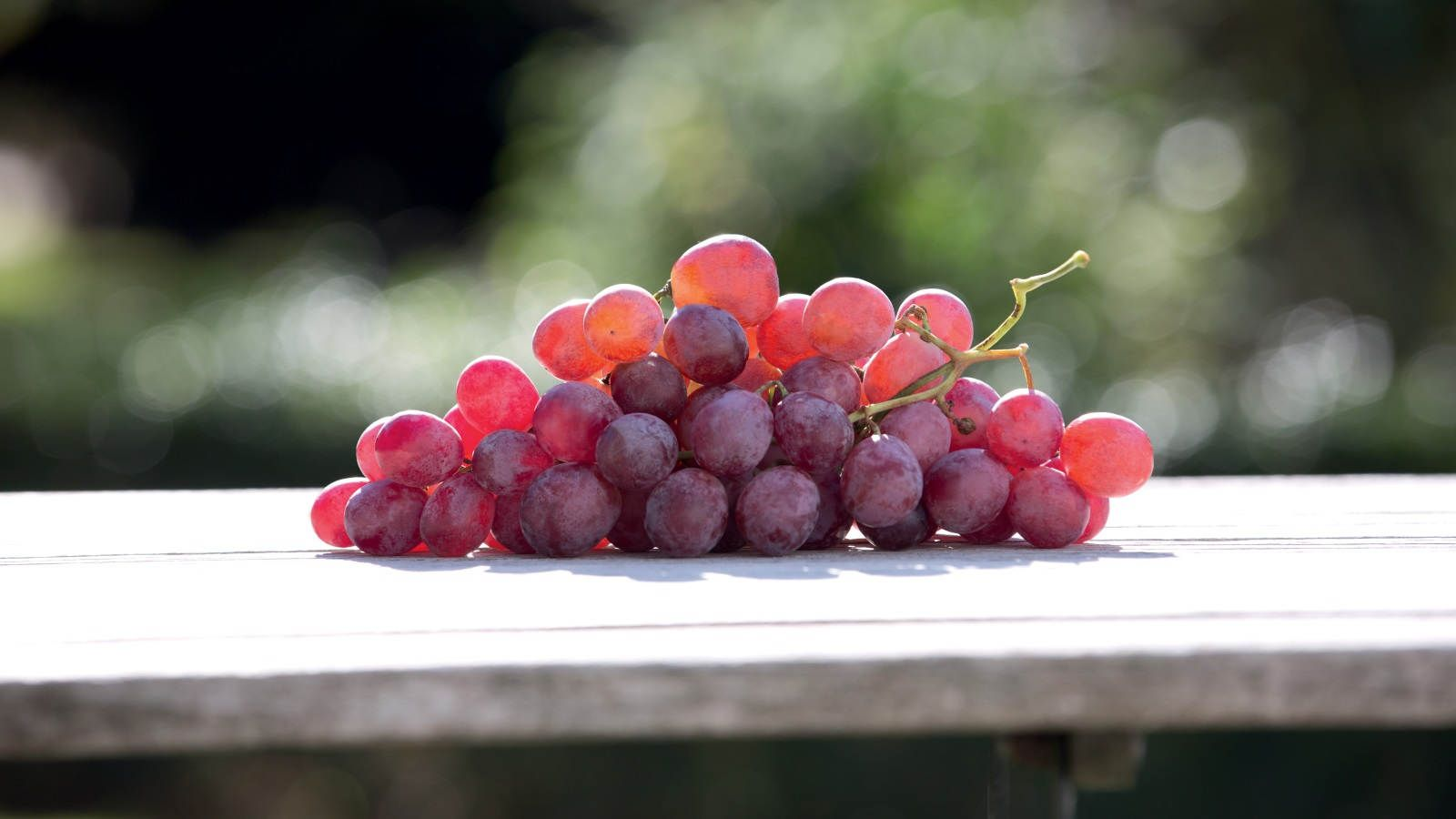 benefits of red grapes